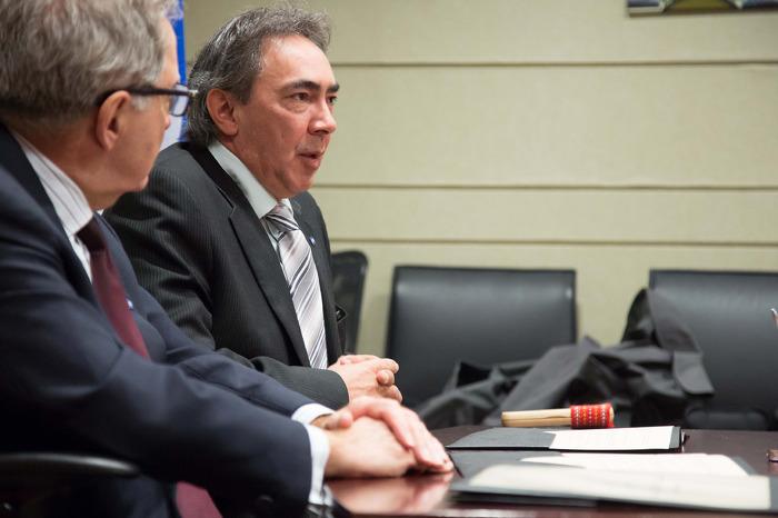 Le président de la Métis Nation of Ontario (MNO) Gary Lipinski prononce une allocution à la cérémonie de signature de l'accord-cadre.