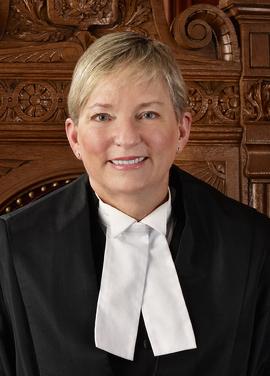 L'honorable juge Eileen Gillese, commissaire de L'enquête publique sur la sécurité des résidents des foyers de soins de longue durée