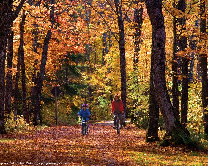 Pancake Bay Provincial Park offers beautiful scenery and biking opportunities.