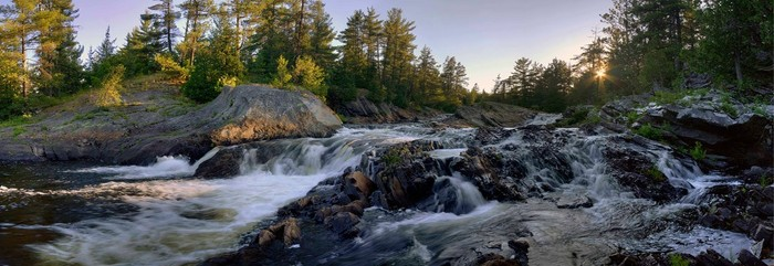 Chutes Provincial Park offers a six-kilometre hiking trail with views of scenic waterfalls and a river gorge.