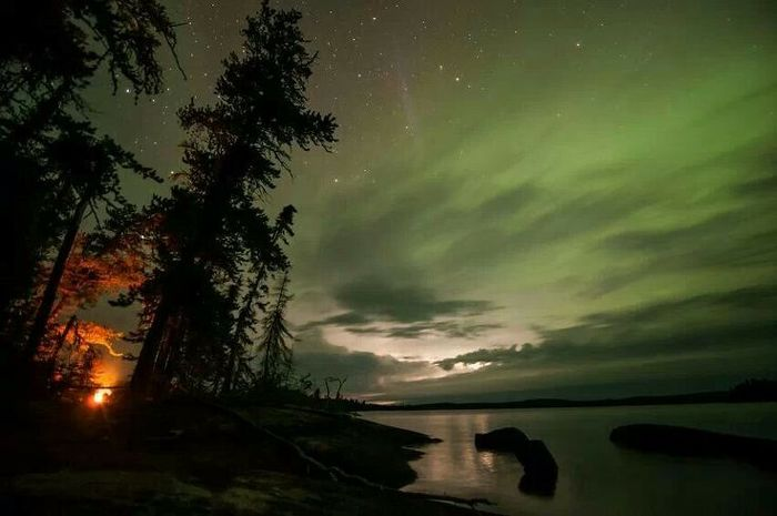 Take a trip north and enjoy the northern lights in Woodland Caribou Provincial Park.