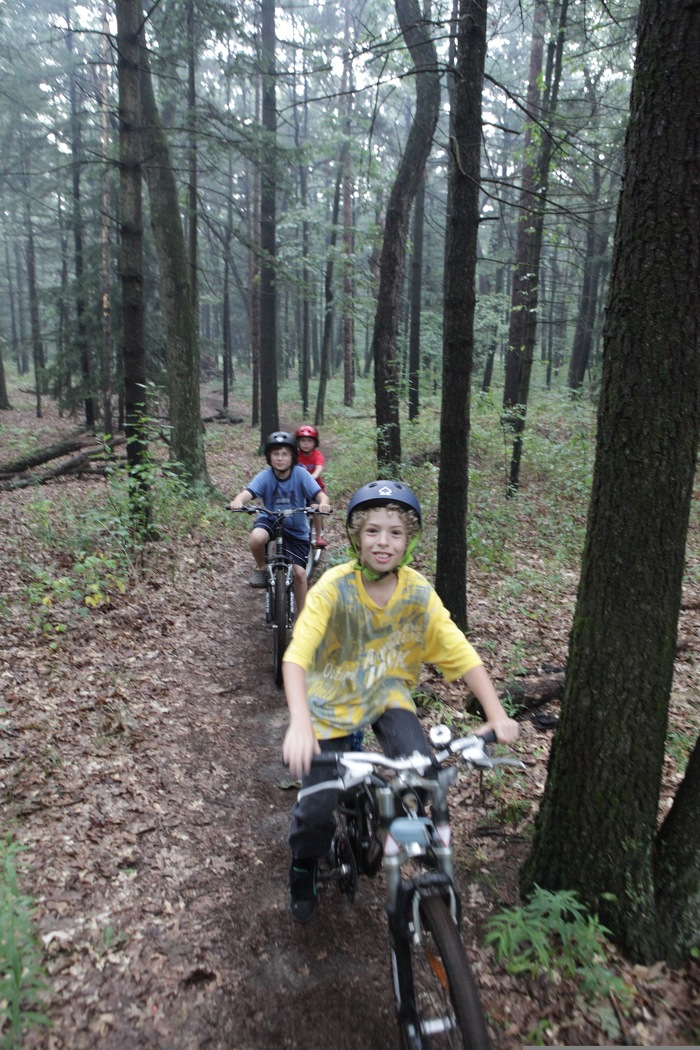 Une randonnée à bicyclette dans un parc de l'Ontario peut améliorer votre santé physique et mentale. Seulement une heure en nature peut améliorer votre mémoire et votre champ d'attention.