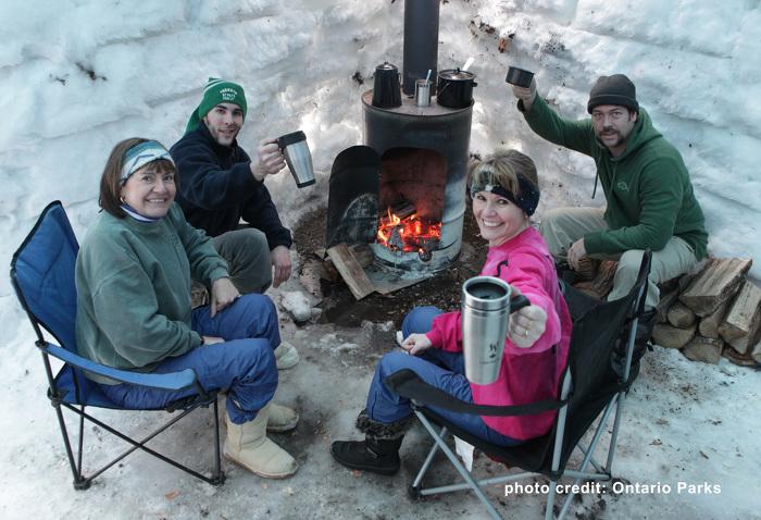 Café près du feu à MacGregor Point