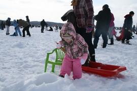 La pêche sur glace est une activité très agréable.