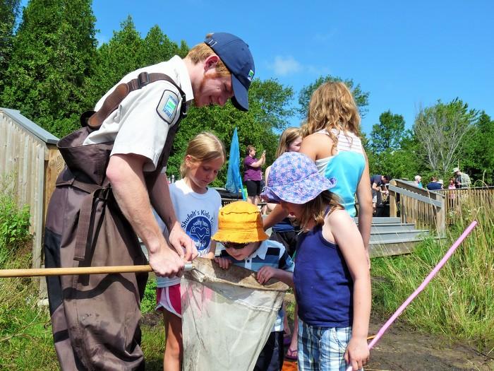 Pêche gratuite en Ontario pendant la Semaine de pêche en famille