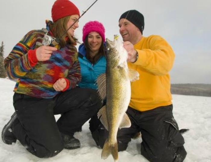 Pêchez gratuitement pendant la fin de semaine du jour de la Famille en Ontario