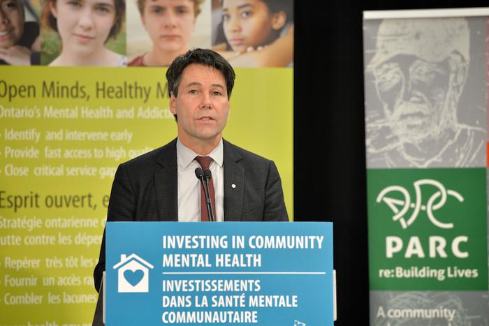 Le ministre Hoskins fait une déclaration sur l'élargissement des services de santé mentale à l'échelle de la province.