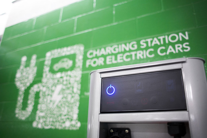 Ontario Building More Electric Vehicle Charging Stations