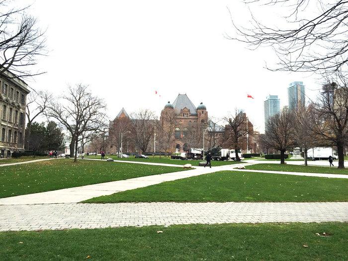 Photo 1 de l'emplacement du monument dédié aux Franco-Ontariens et aux Franco-Ontariennes
