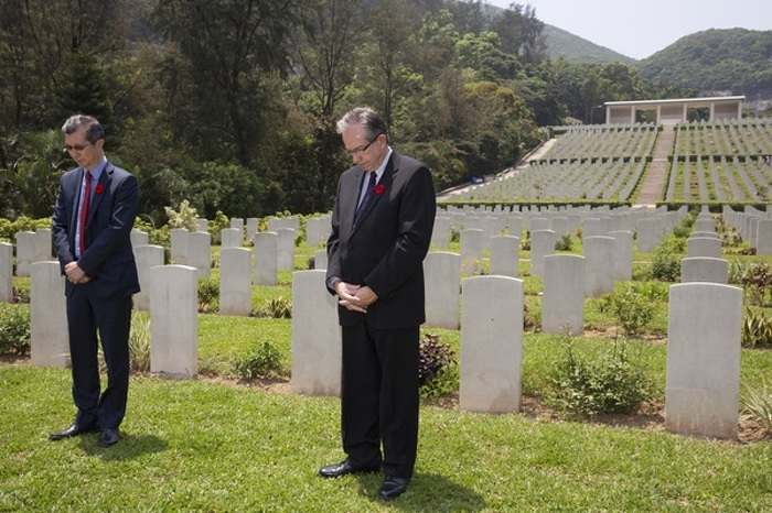 Ministers Leal and Chan at the Sai Wan Commonwealth War Grave Cementery in Sai Wan, Hong Kong, China, April 24, 2015.