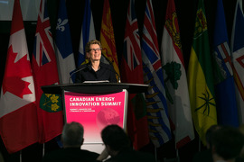 Ontario and Manitoba Partner on Energy Innovation Image: Premier Kathleen Wynne speaking at Canadian Energy Innovation Summit