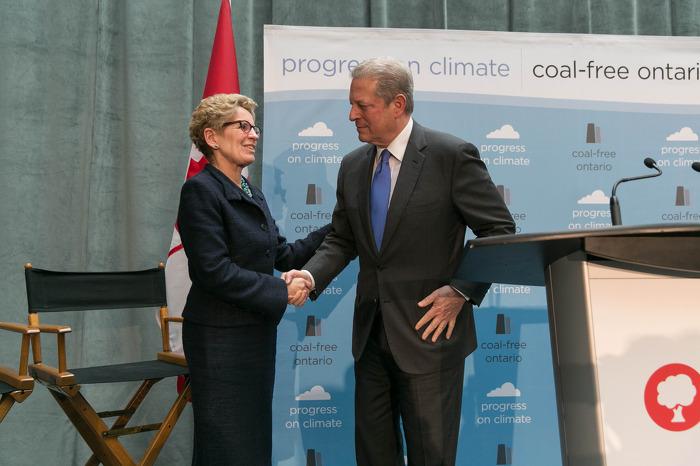 L'Ontario est le premier endroit en Amérique du Nord à mettre fin à la production d'énergie par la combustion du charbon
