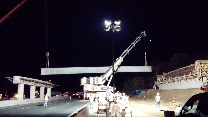 Amélioration de l'échangeur et remplacement du pont au croisement de l'autoroute 401 et de la promenade Veterans Memorial.