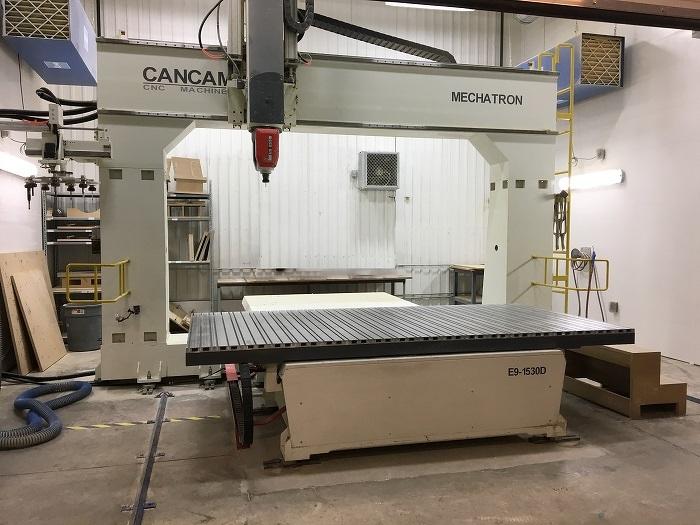 Nouvelle machine-outil à commande numérique par calculateur de FPH Group, une machine qui sert à fabriquer des pièces faites de matériaux composites.